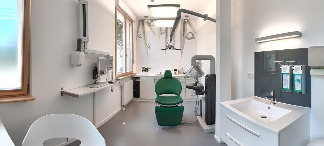Zahnarztpraxis Jonscher Behandlungsraum
